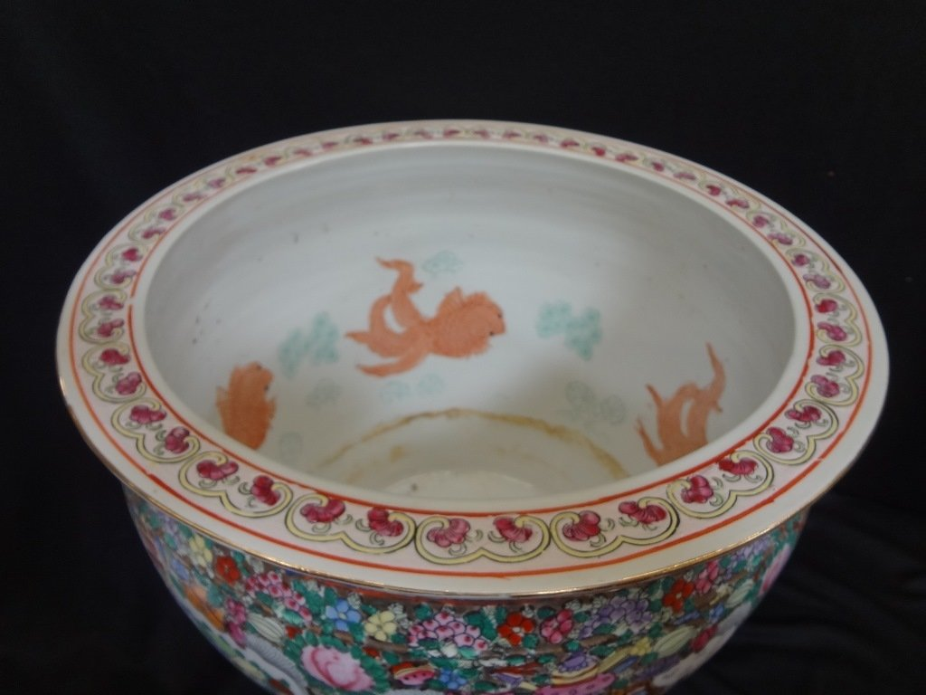 Large Chinese Porcelain Jardiniere - 3