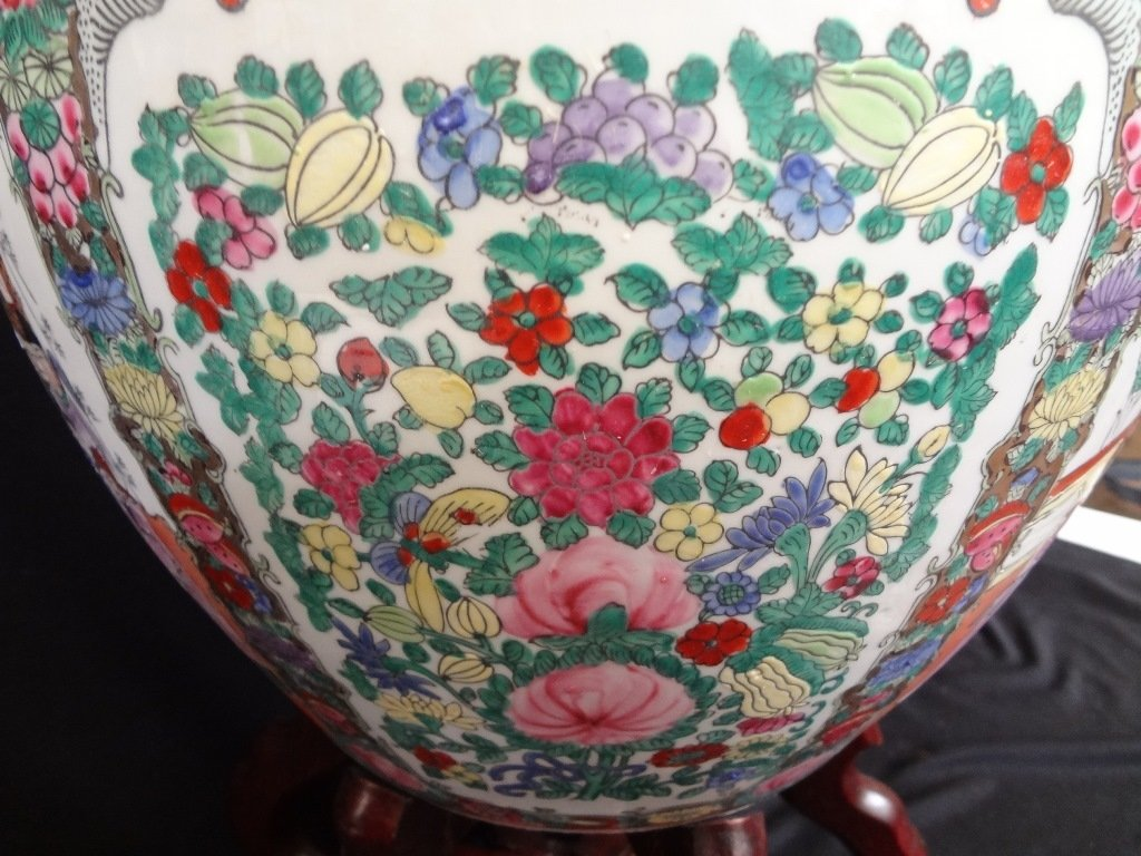 Large Chinese Porcelain Jardiniere - 5
