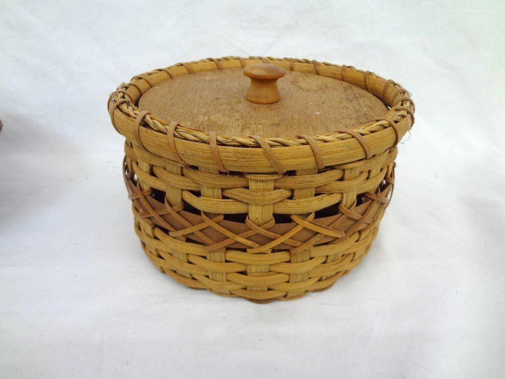 (2) Caribe Indian Baskets with Lids from Dominica - 2