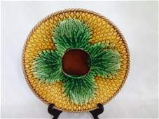 Majolica Cabbage Leaf Plate 925 inches Signed