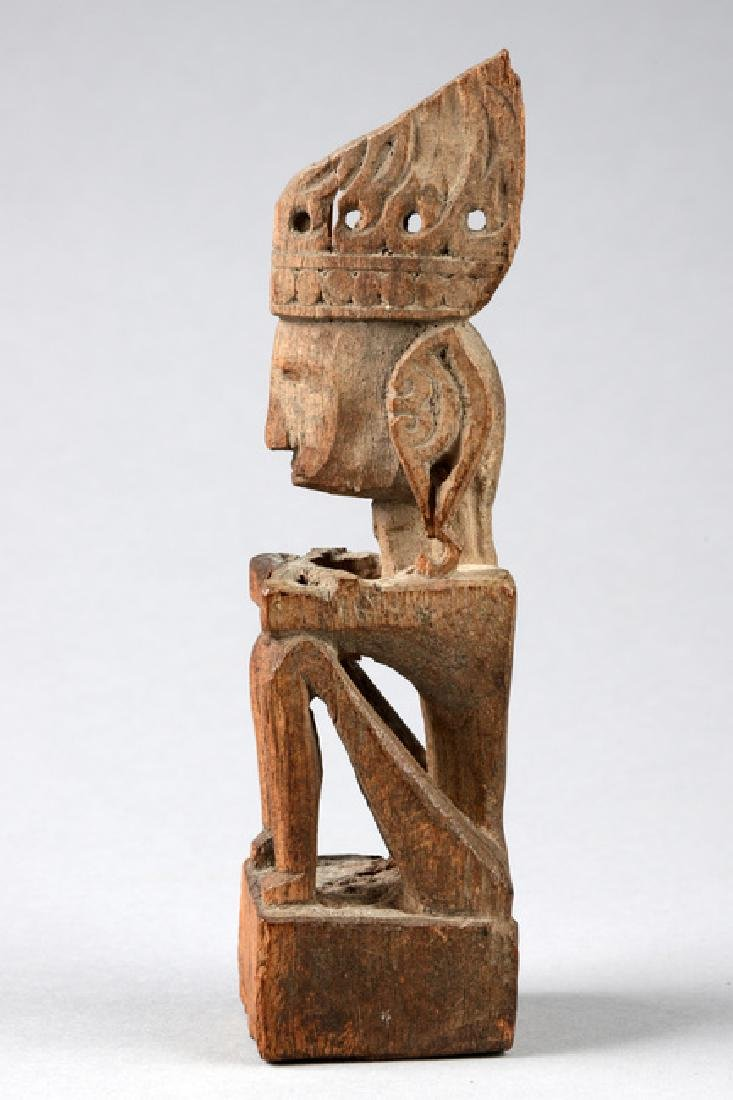 "Seated ancestor figure ""iene"" - Indonesia - Moluccas - - 2"