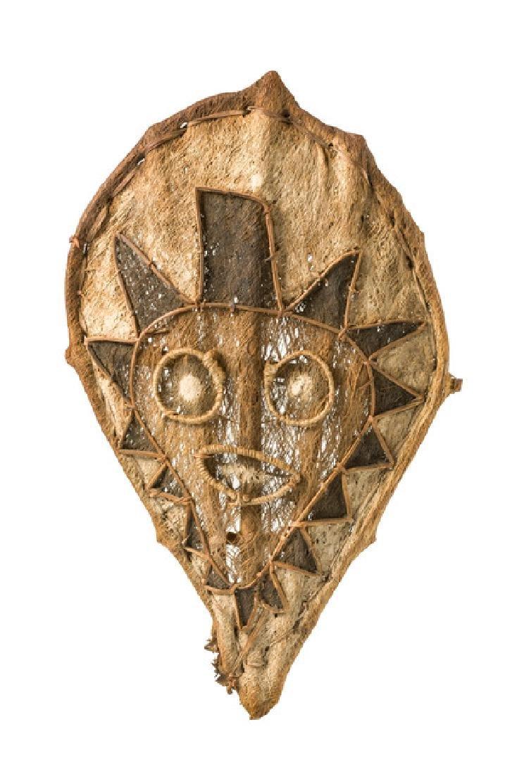 Rare mask, around 1910/20 - Papua New Guinea - Golf,