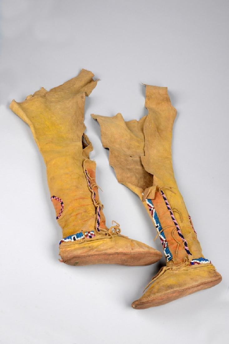 Child's high top moccasins - North America, Kiowa - 2