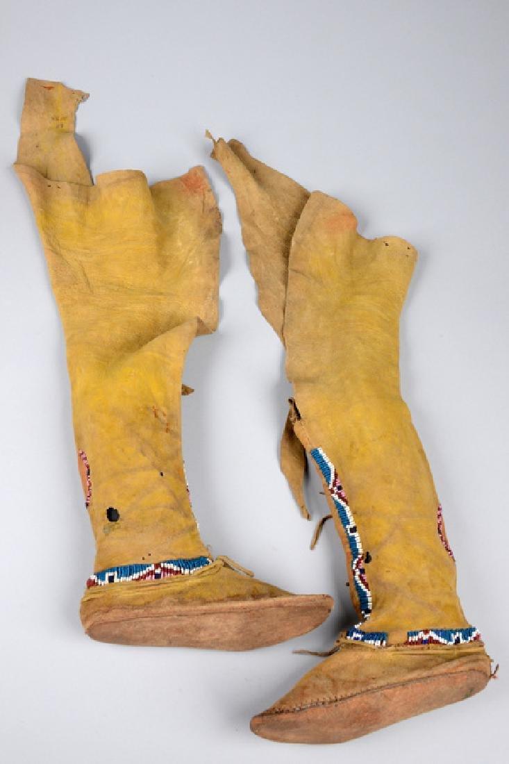 Child's high top moccasins - North America, Kiowa - 3