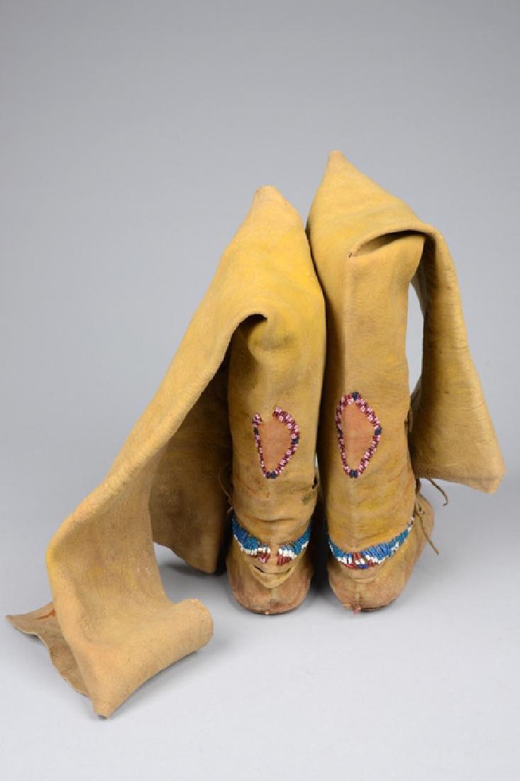 Child's high top moccasins - North America, Kiowa - 4