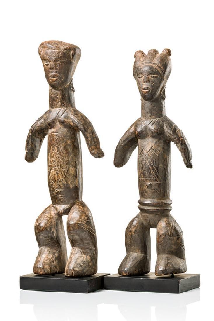 Standing pair of figures - Sierra Leone, Loko