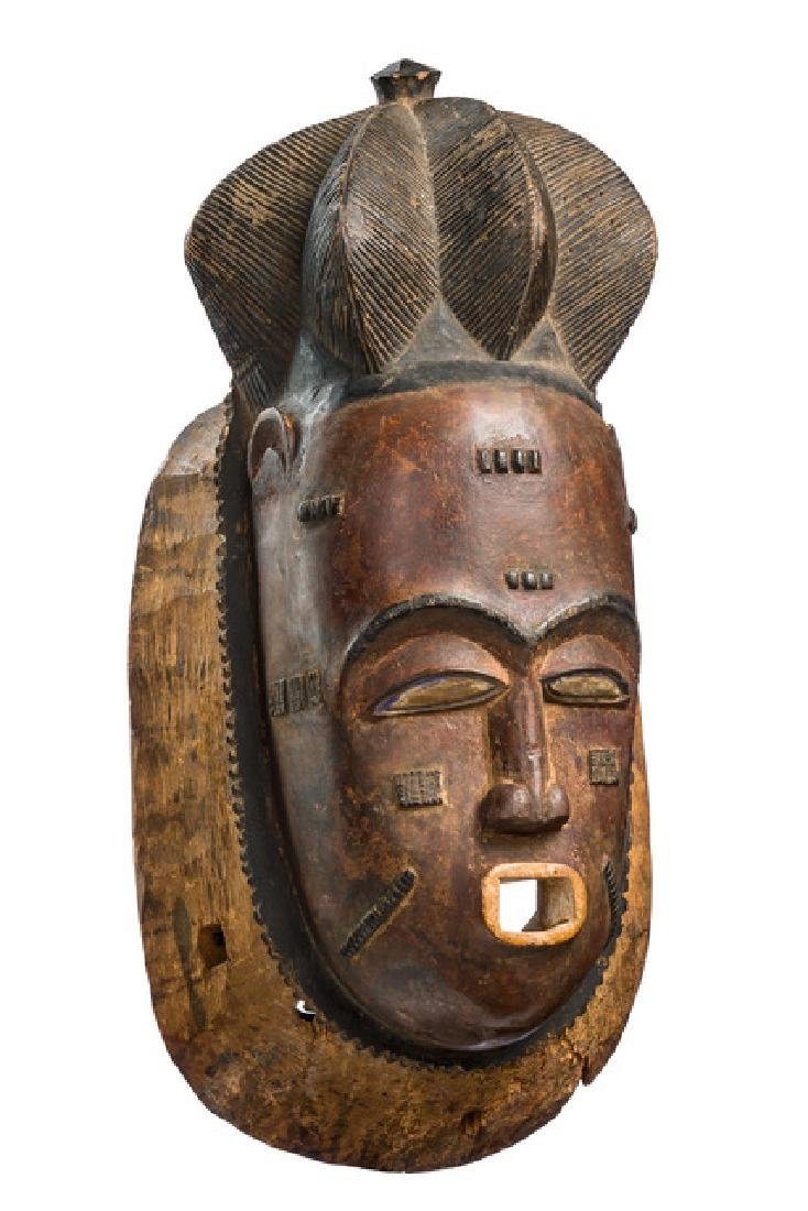 "Portrait mask ""ndoma"" of the ""mblo"" group - Côte"