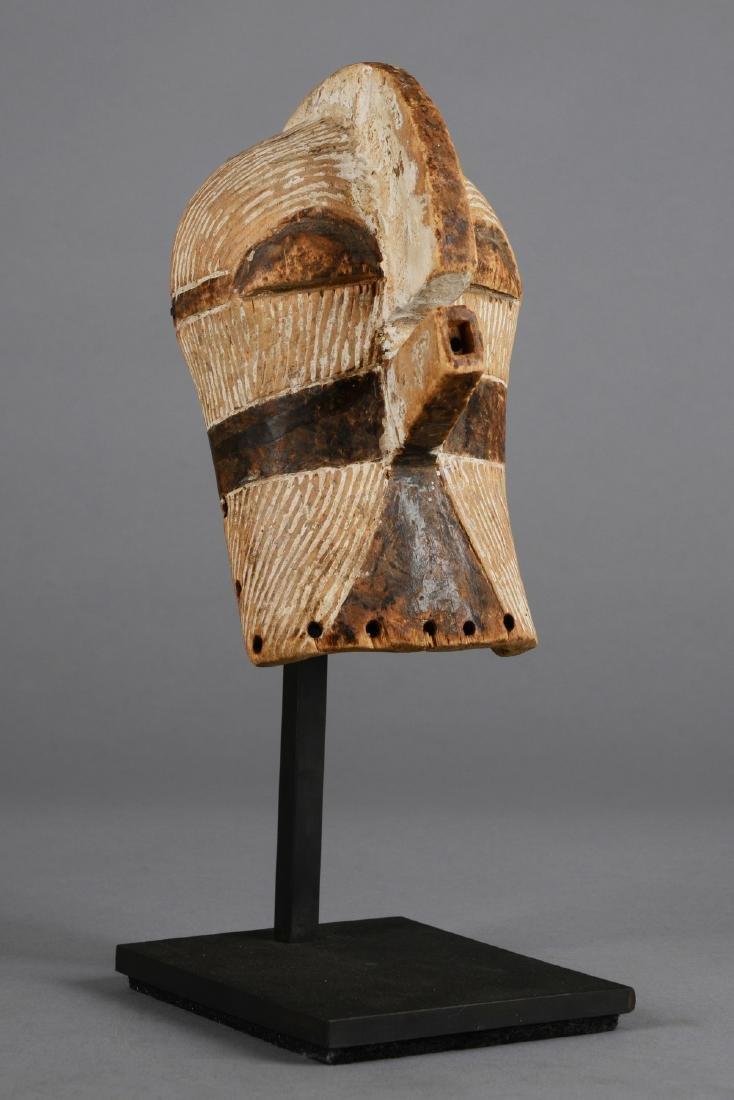 "Small mask ""kifwebe"" (""kilume"") - D. R. Congo, Songe - 3"