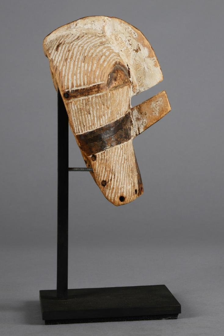 "Small mask ""kifwebe"" (""kilume"") - D. R. Congo, Songe - 4"