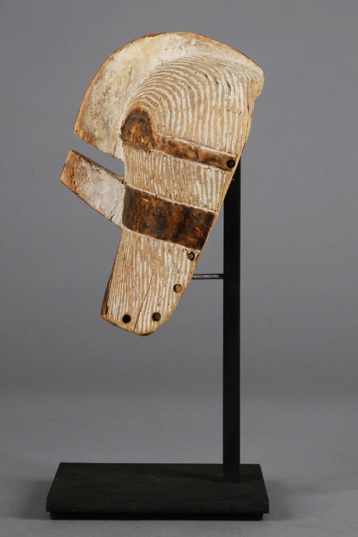 "Small mask ""kifwebe"" (""kilume"") - D. R. Congo, Songe - 5"