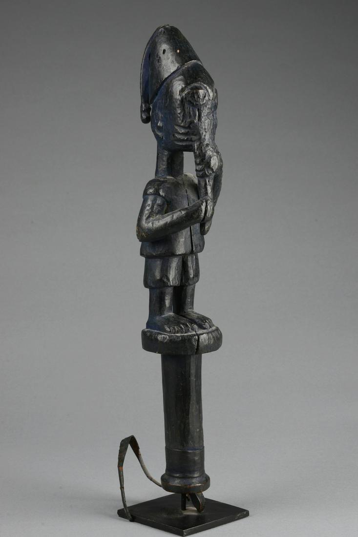"""Dance staff """"eshu"""" - Nigeria, Yoruba"""