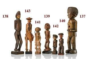 "Standing female figure ""kaponya"" or ""hamba"" - Angola,"
