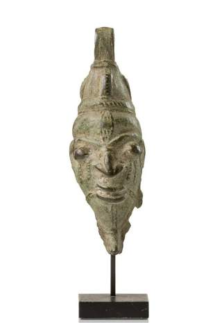 Fragment of a humanoid bell head - Nigeria, Lower Niger