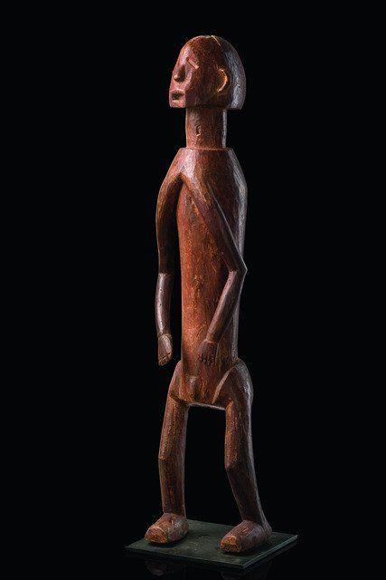 Standing male figure - Nigeria, Chamba