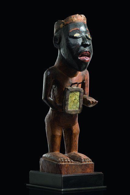 "Power figure ""nkisi"", before 1929 - D. R. Congo,"