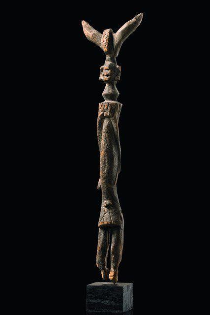 """Staff figure """"tauwa"""" - Nigeria, Chamba"""