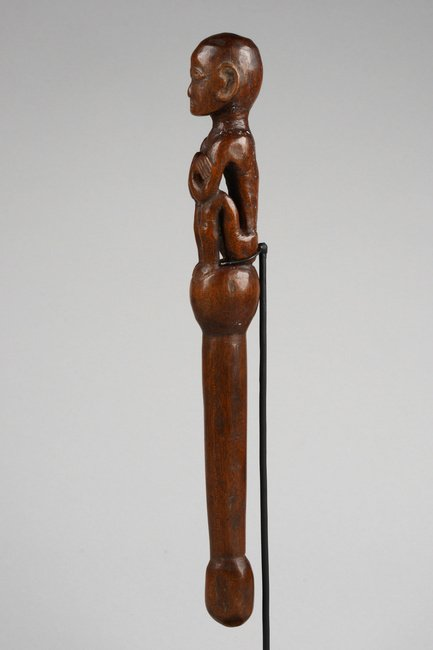 Figurally carved peg, around 1900 - Philippines - - 2