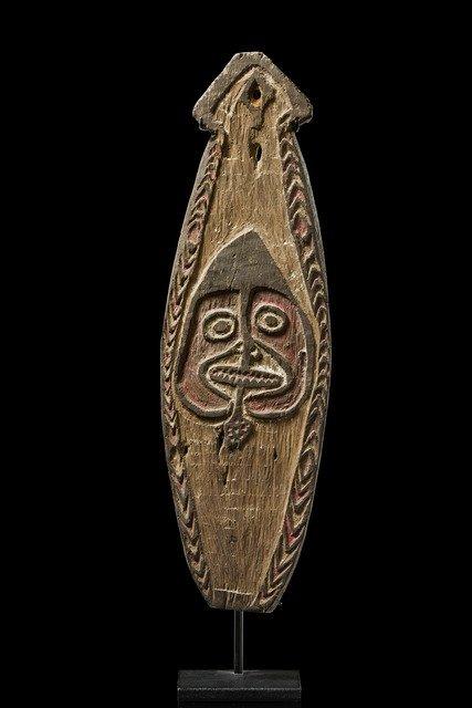 """Small spirit board """"gope"""" - Papua New Guinea - Golf,"""