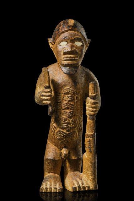 "Standing male figure ""mukuya"", before 1905 - D. R."