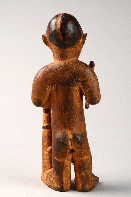 "Standing male figure ""mukuya"", before 1905 - D. R. - 3"