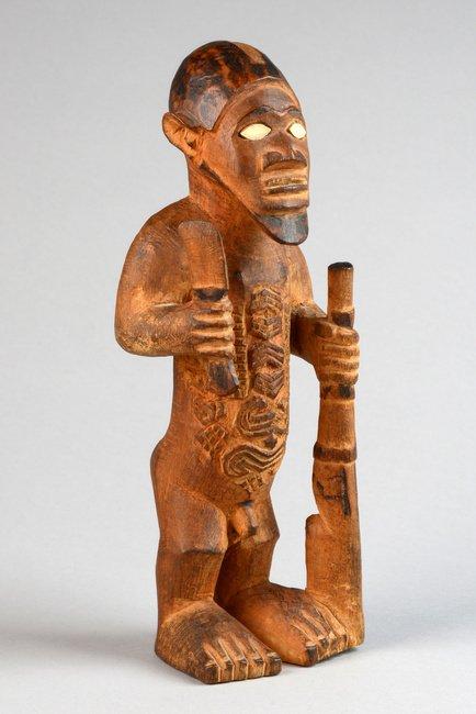 "Standing male figure ""mukuya"", before 1905 - D. R. - 5"