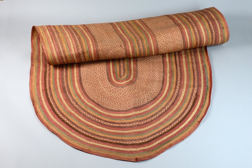 Prayer mat with hat - Southeast Africa, Swahili Coast - 2