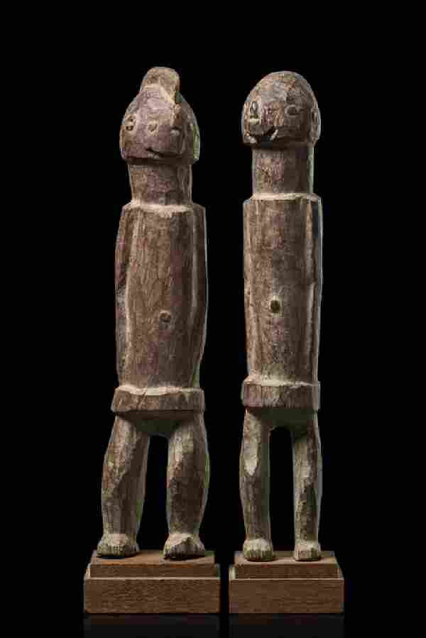 Standing pair of figures - Nigeria, Chamba