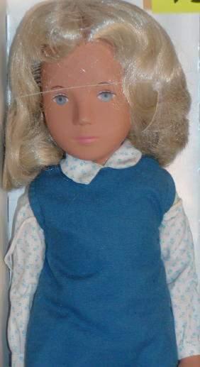 "16"" Sasha in Tunic Dress, Made in England, Serie Wr"