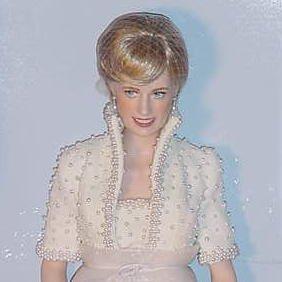 8_2 Porcelain Portrait Dolls, Diana, Princess of Wales