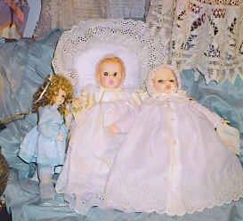 21_Lot of 3 Dolls