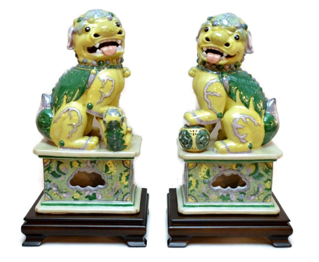 Large Spectacular Pair of Foo Dogs