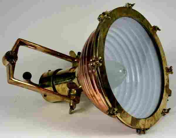 1257: MID 20th C. COPPER AND BRASS CARGO LAMP