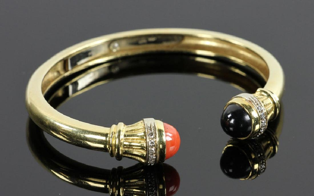 18K Gold, Diamond, Coral and Onyx Bracelet