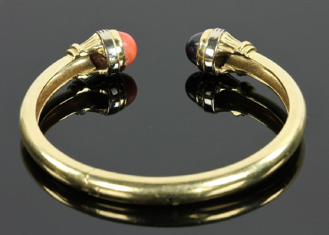 18K Gold, Diamond, Coral and Onyx Bracelet - 3