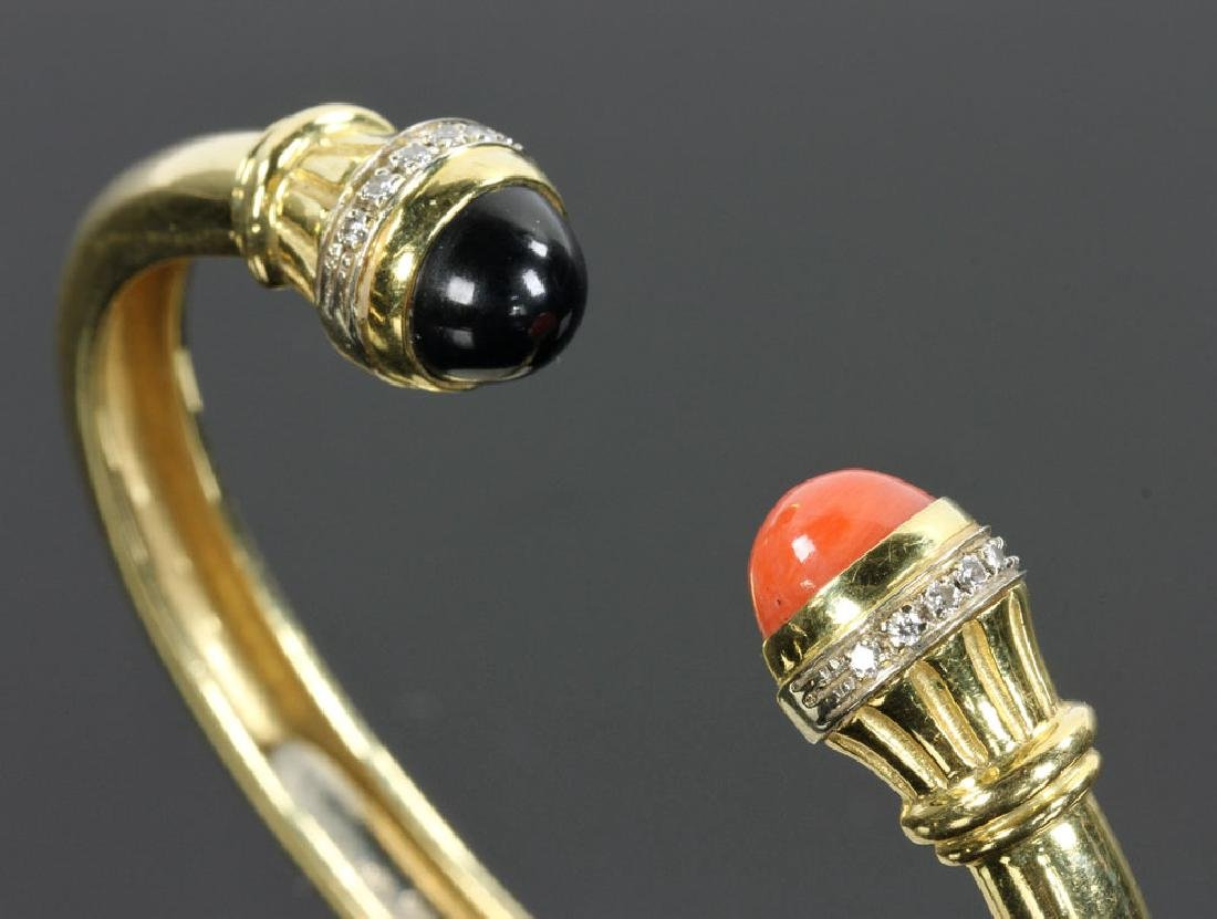 18K Gold, Diamond, Coral and Onyx Bracelet - 5