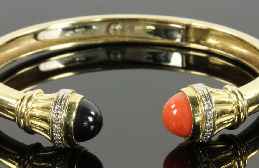 18K Gold, Diamond, Coral and Onyx Bracelet - 8