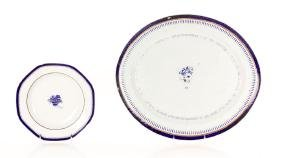 2 Chinese Export Porcelain Dishes