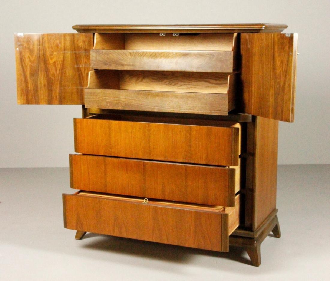 Mid Century Sieling Furniture Co. Dresser - 3