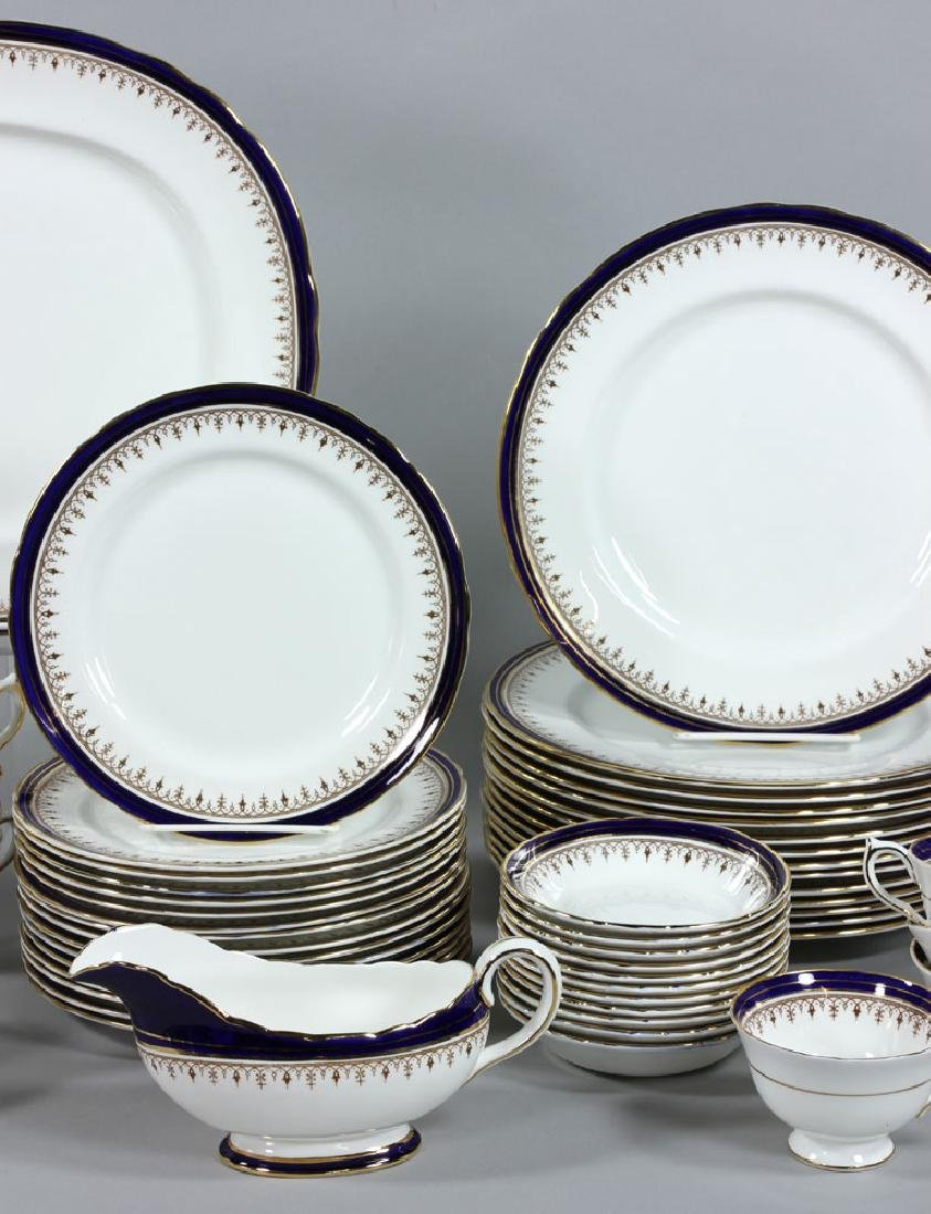 Set of Aynsley China Serving Set, 118 Pieces - 2