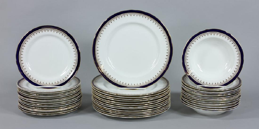 Set of Aynsley China Serving Set, 118 Pieces - 5