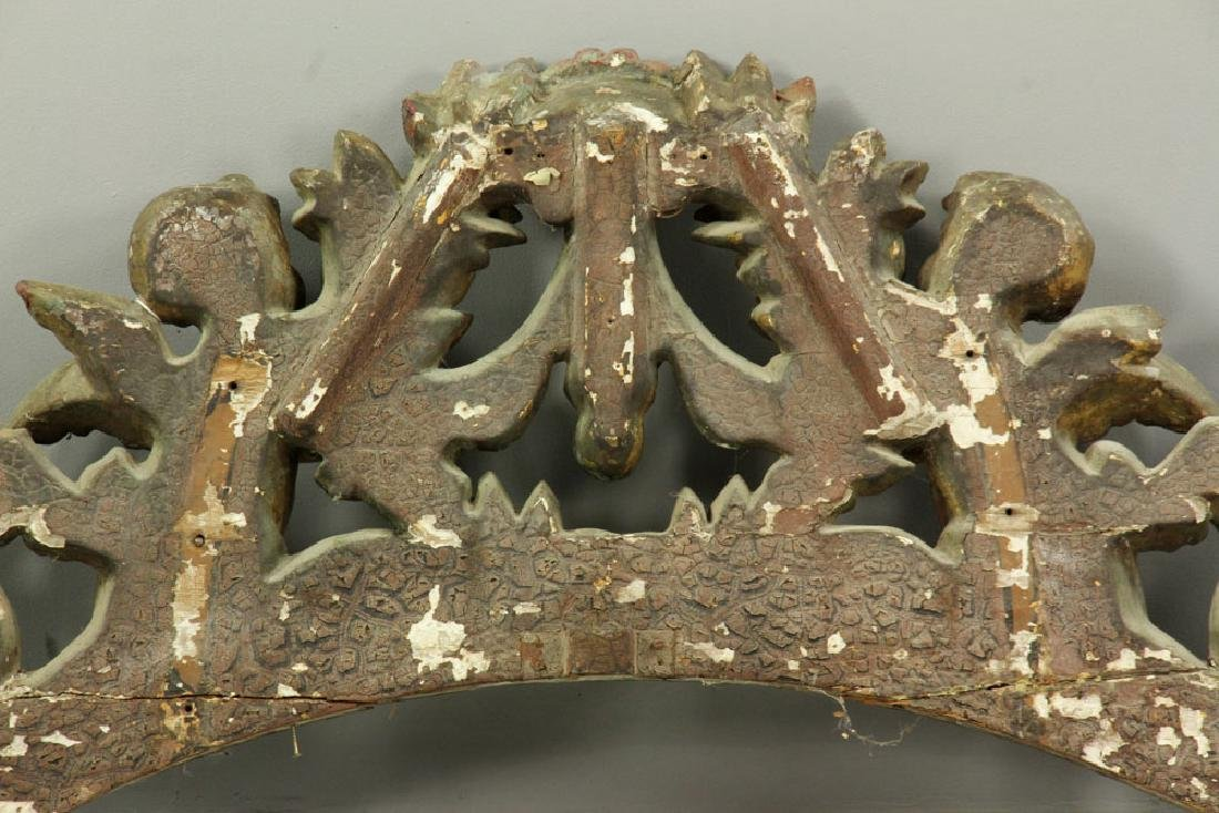 Carved and Gilded Arch with Cherubs - 5