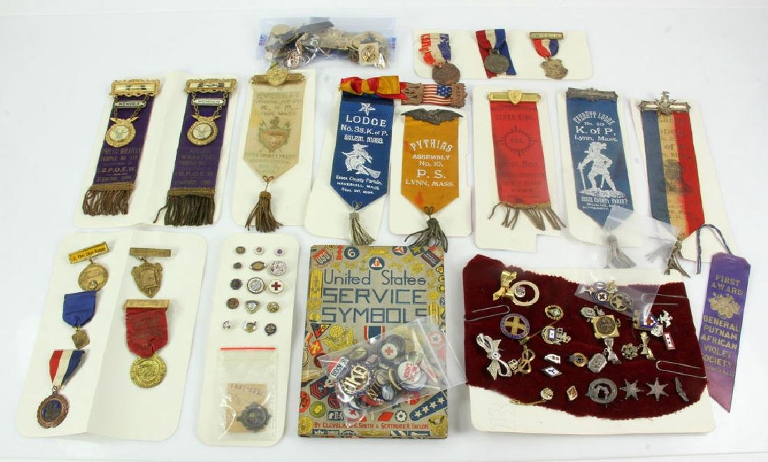 Collectable Pins, Badges and Buttons