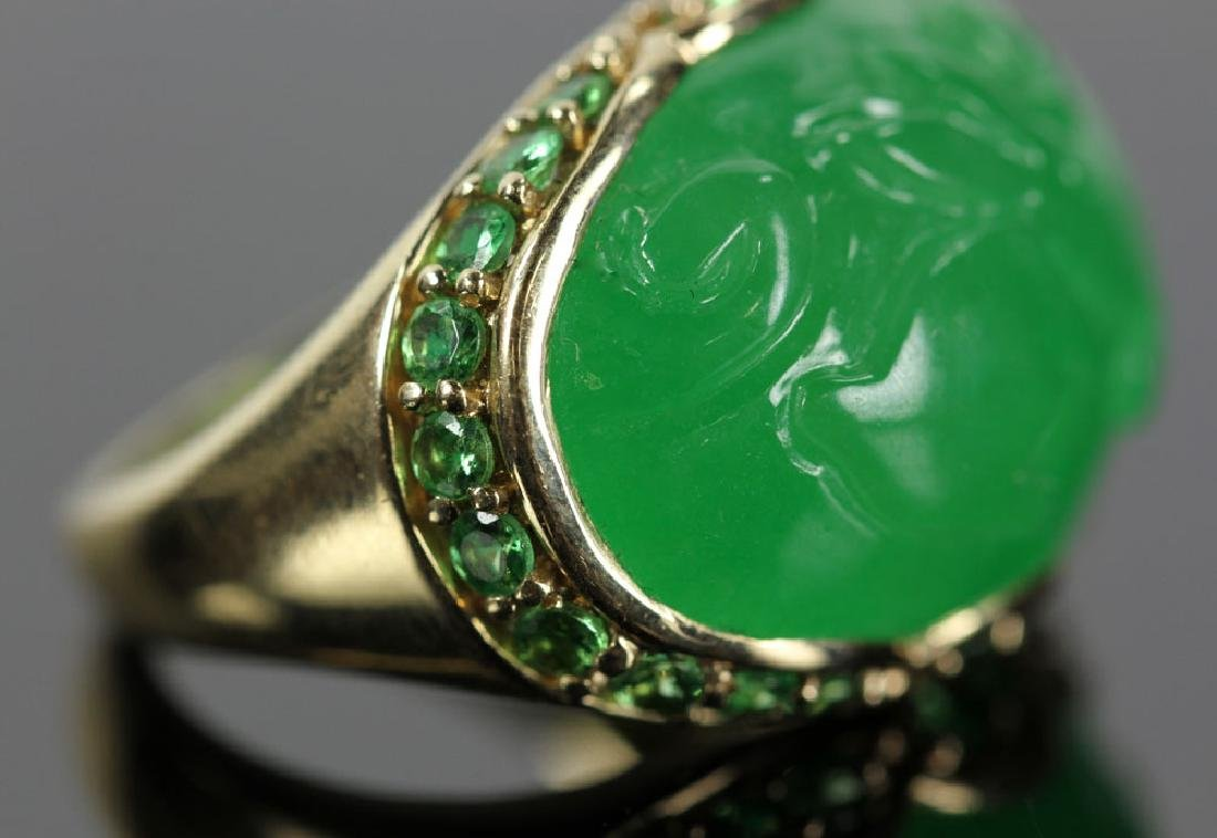 14K Gold and Jade Carved Ring - 3