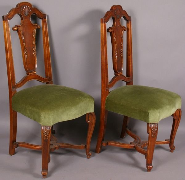2006: EIGHT EARLY 20TH C. CONTINENTAL CHAIRS