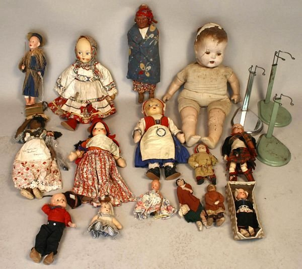 2014: FIFTEEN ASSORTED 19th and 20th CENTURY DOLLS