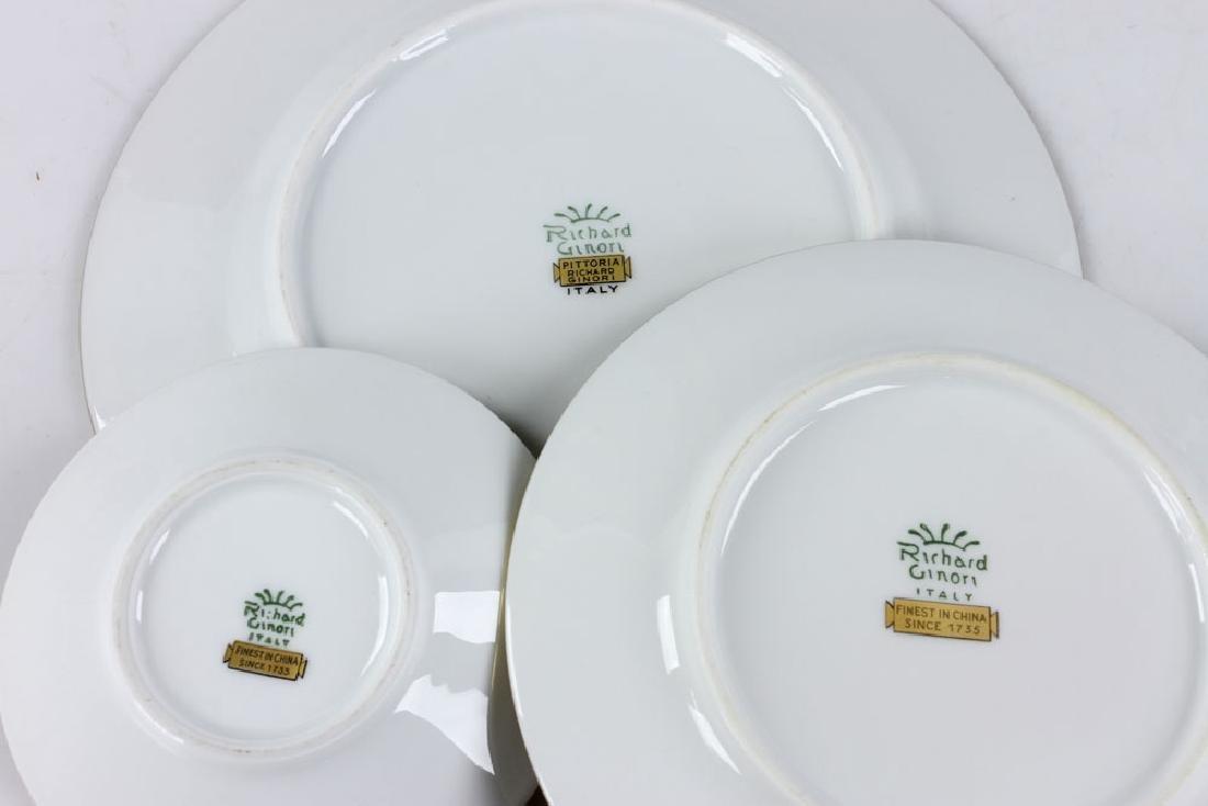 Richard-Ginori Porcelain Dinner Set - 7
