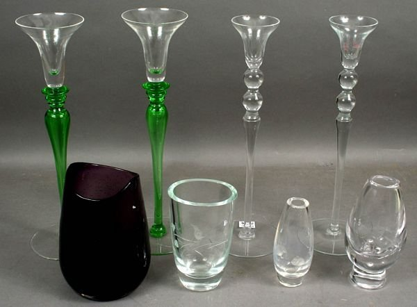 1007: COLLECTION, 20th C. GLASS VASES, CANDLESTICKS