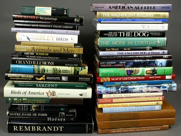 1011: LARGE COLLECTION OF REFERENCE BOOKS