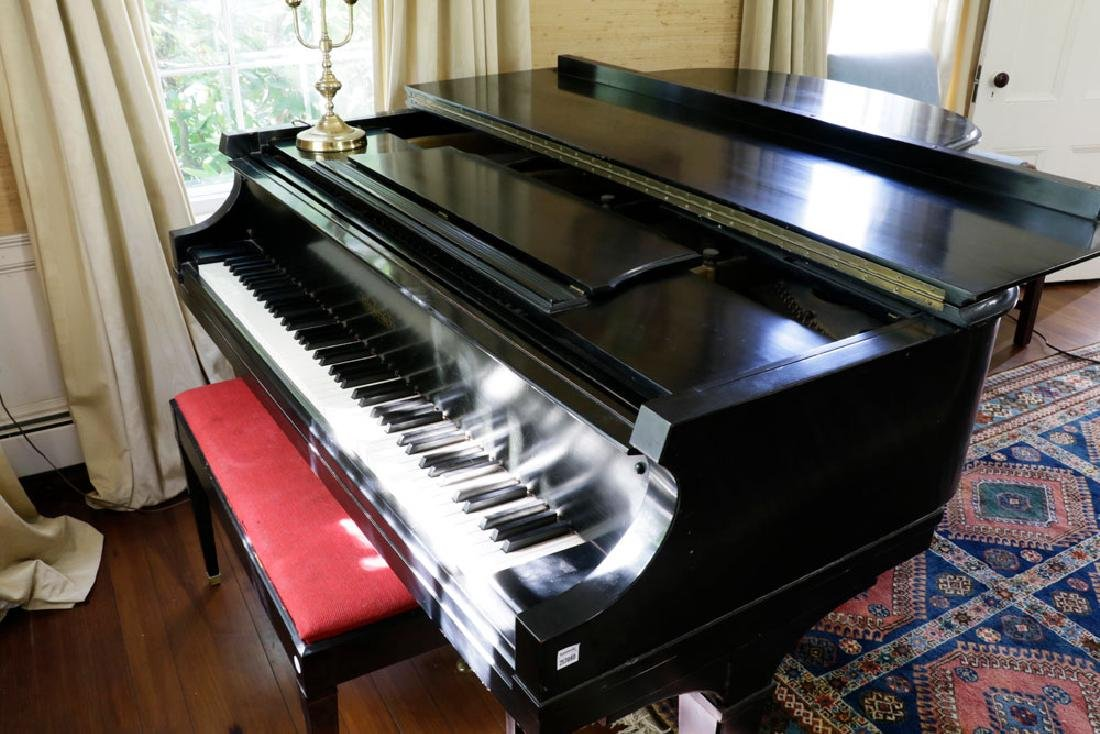 Chickering Baby Grand Piano. - 3