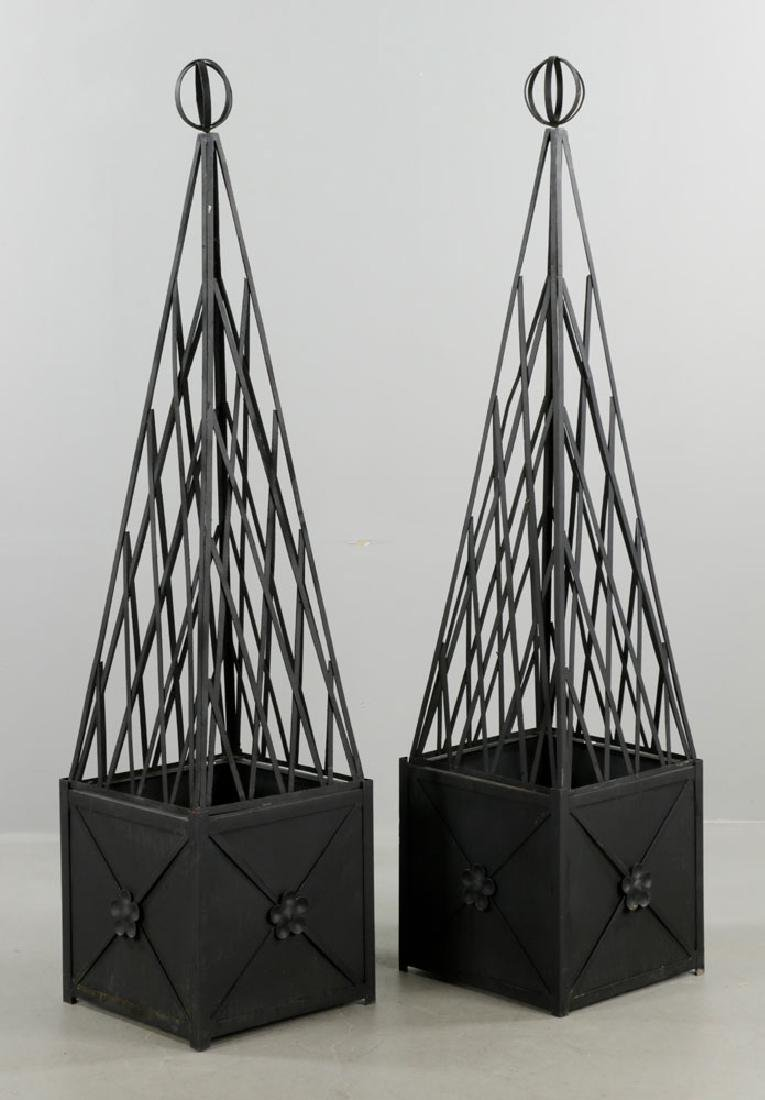 Pr of of Iron Topiary, Black, Medium Size